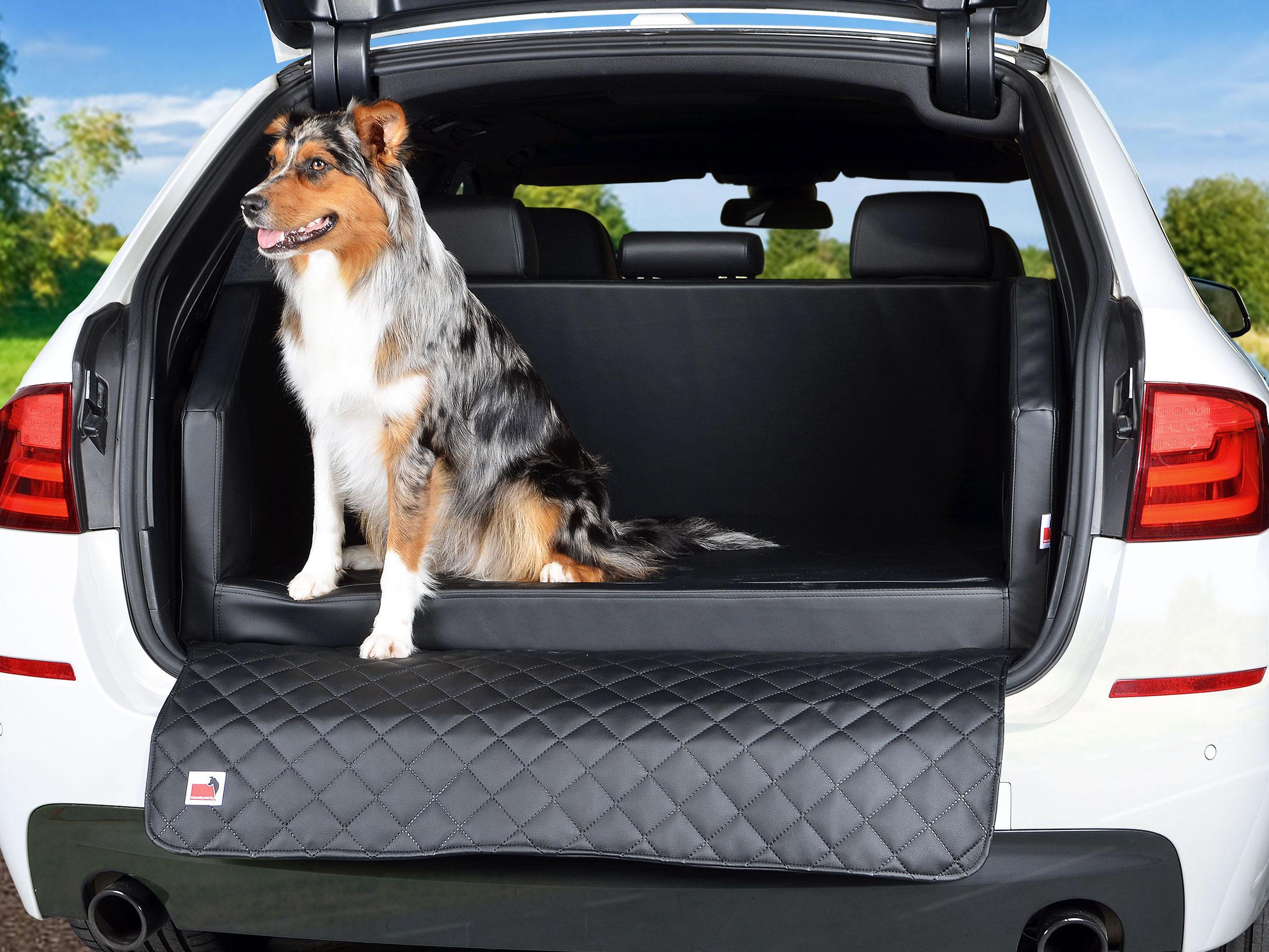 travelmat-bmw-5er-touring-autohundebett-schwarz-02